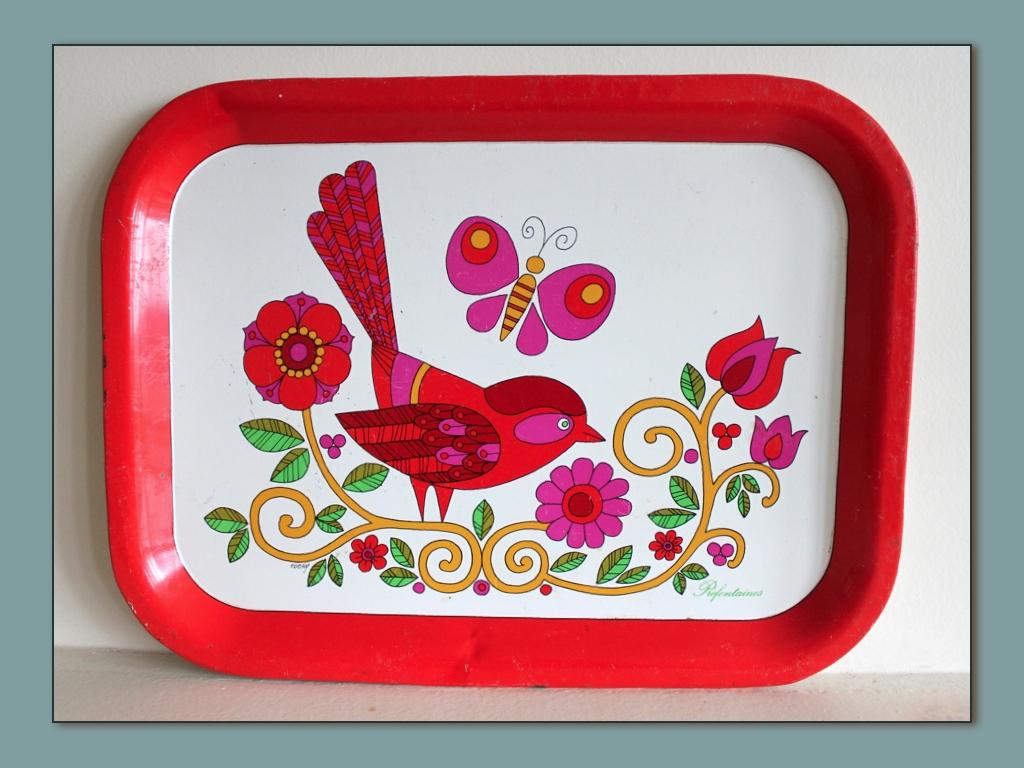 plateaux-prefontaines-vintage-rectangle-rouge